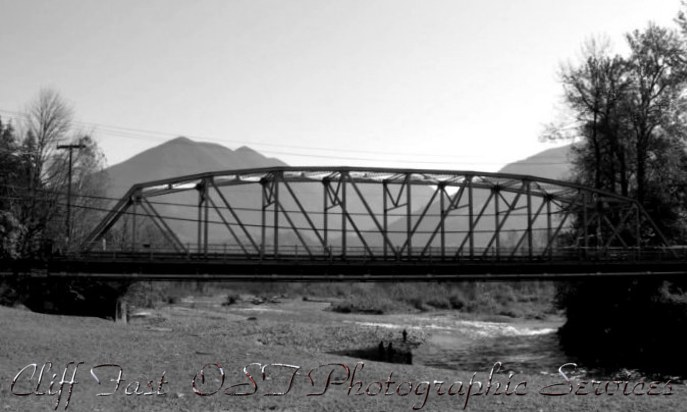 Vedder Bridge B&W