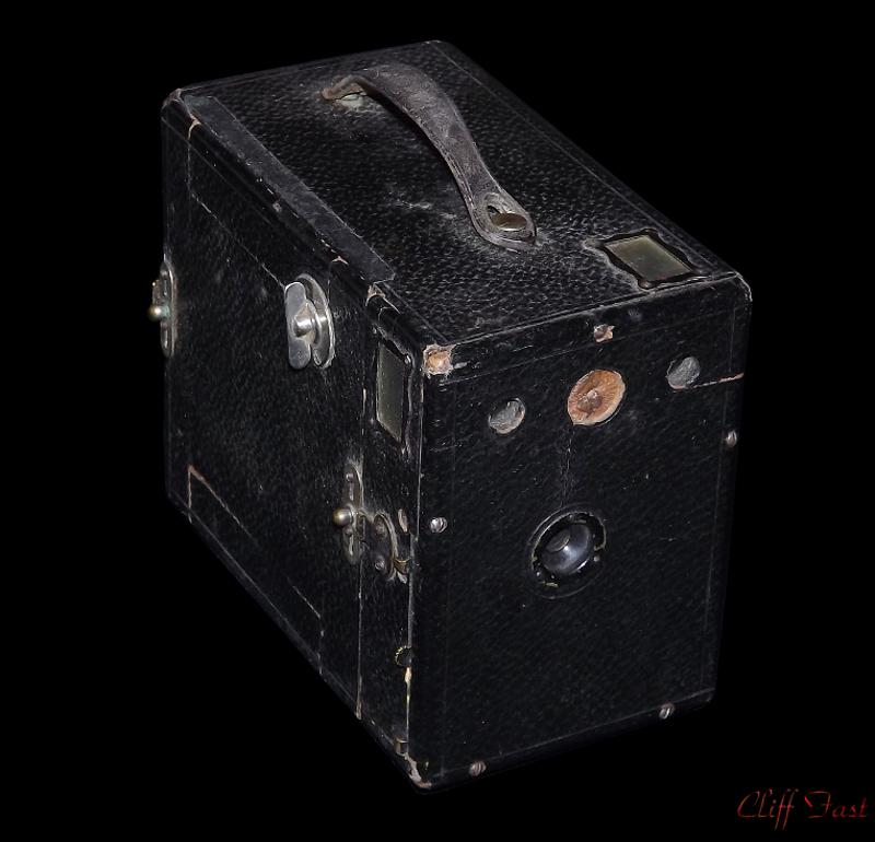 1930's box camera