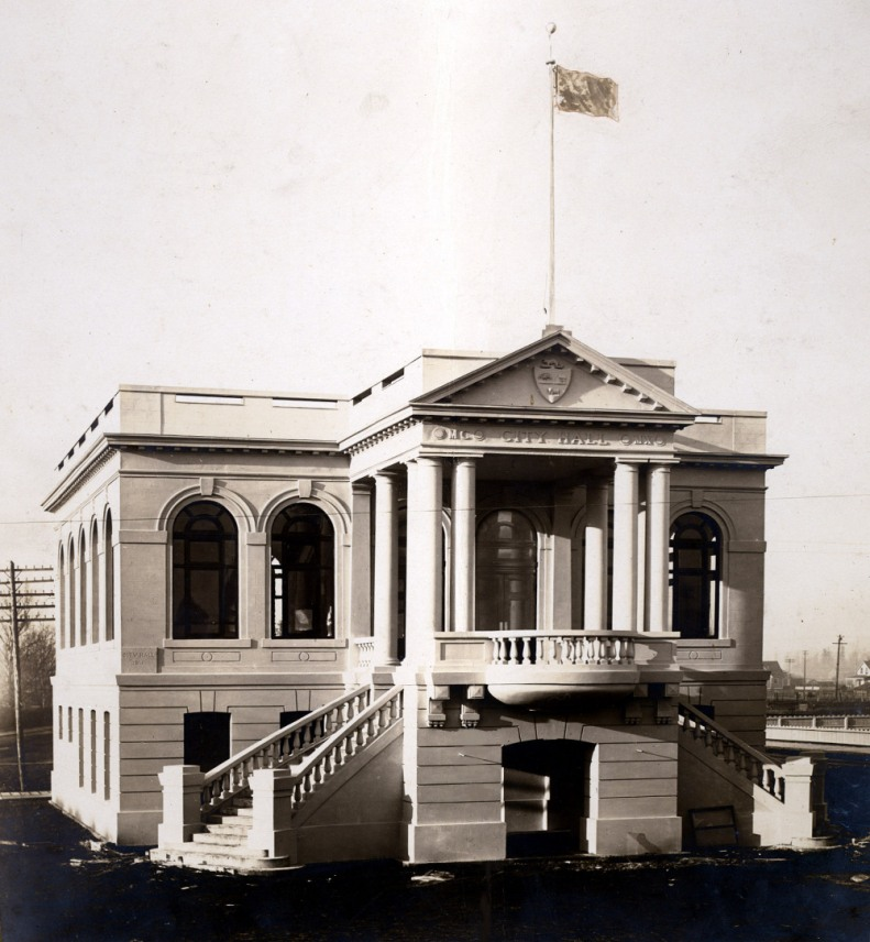 Original 1912 photo of Chilliwack City Hall