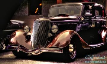 1933 Ford Deluxe Sedan